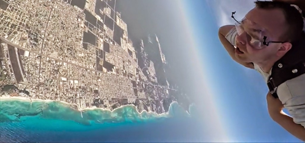 Skydiving in mexico
