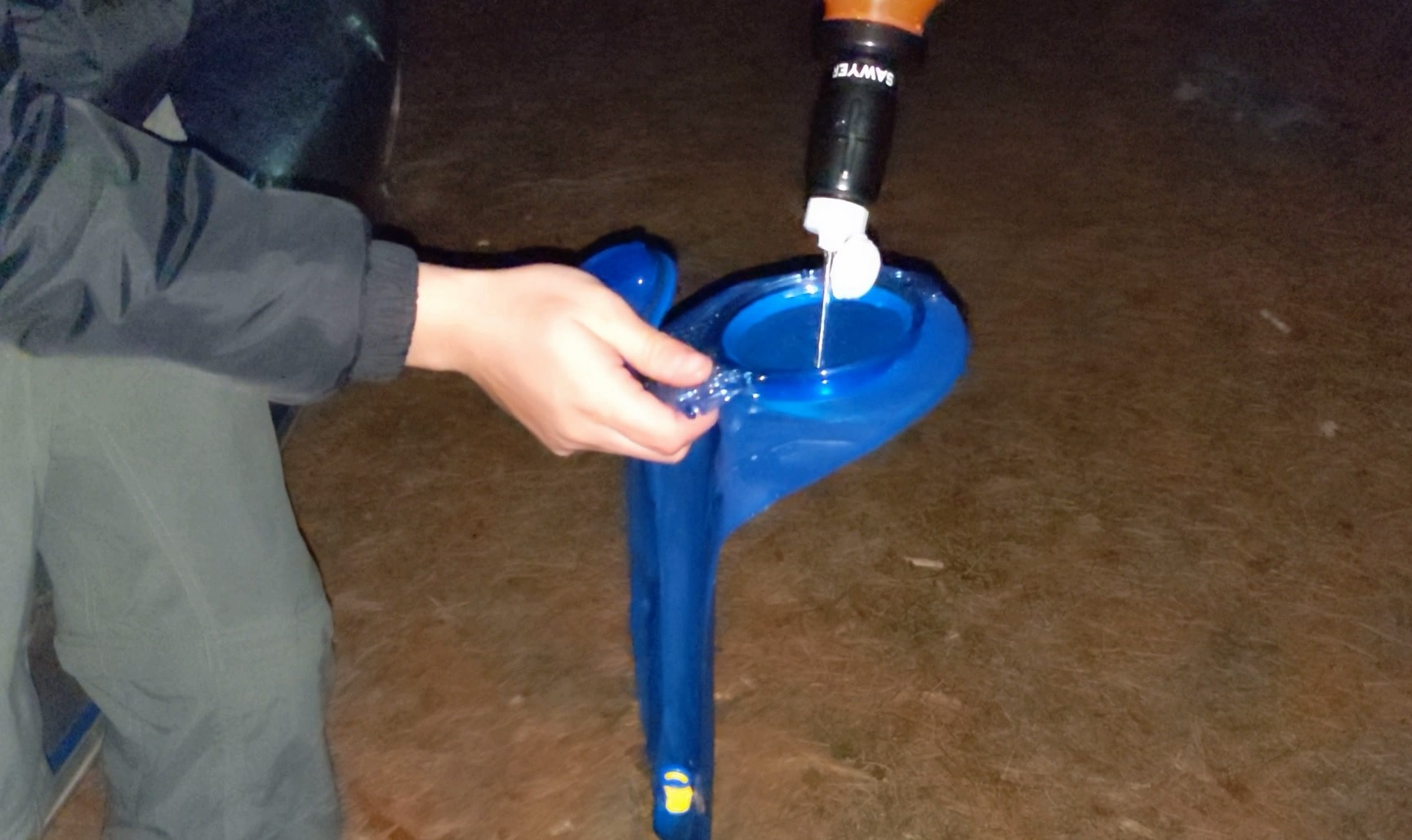 Filling water container with clean water